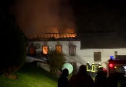 Bauernhof brennt zweimal