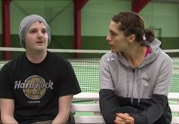 Tennis-Star Andrea Petkovic unterstützt krebskranken Jonathan