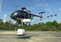 Helikopter-Einsatz zur Insektenbekämpfung