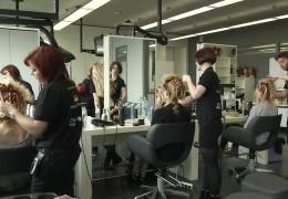 Friseure trainieren für Weltmeisterschaft