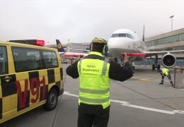 """Die """"Vorfeld-Polizei"""" des Flughafens Frankfurt"""