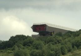 Hochmoselbrücke: Erste Brückenteile werden eingebaut