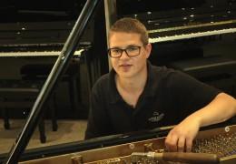 Klavierbau-Azubi aus Trier