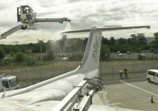 Flugzeugenteisung am Frankfurter Flughafen