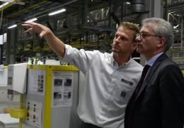 Wirtschaftsminister besucht Opel