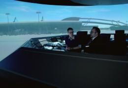 Fluglotsen üben im High-Tech-Tower