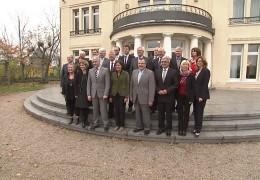 Kabinett Rheinland-Pfalz trifft sich mit Vertretern kommunaler Spitzenverbände