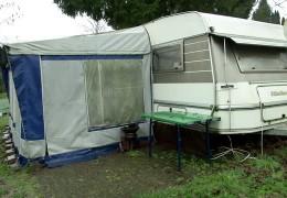 Asylbewerber in Wohnwagen