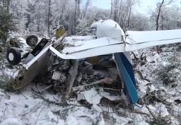 Ein Toter bei Flugzeugabsturz