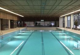 Schwimmbad kaputt renoviert