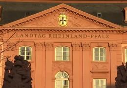 Welche Themen bestimmen das politische Rheinland-Pfalz 2015?