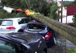 Sturm Niklas wütet mit Orkanboen