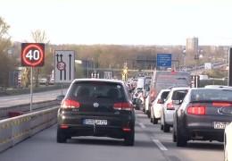 Wegen Schiersteiner Brücke in der Kritik