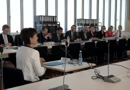 Volker Bouffier und Puttrich vor Biblis-Untersuchungsausschuss