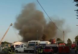 Brand auf einem Schrottplatz in Ludwigshafen