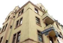 Frankfurt kauft Wohnhaus