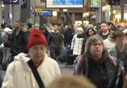 Weihnachtsverkehr: Volle Straßen im Rhein-Main-Gebiet