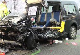 Zeugen nach tödlichem Unfall gesucht