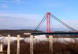 Die Brücke über die Mosel wächst und wächst