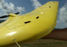 Schüler baut sensationelles Modellflugzeug