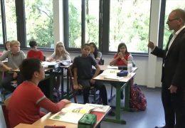 Gegen Lehrermangel mit Quereinsteiger