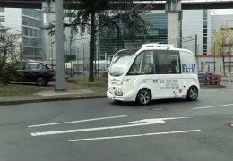 Selbstfahrende Busse auf dem Frankfurter Flughafen