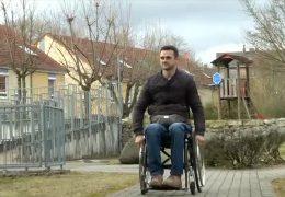 Überfall auf Rollstuhlfahrer