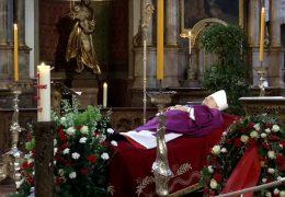 Bevölkerung nimmt Abschied von Karl Kardinal Lehmann