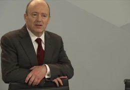 Wird Deutsche-Bank-Chef John Cryan abgelöst ?