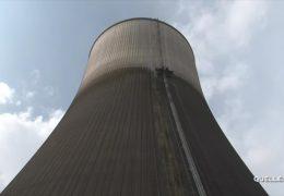 RWE plant Abriss des Kühlturms