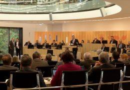 Landtag debattiert zu überlasteten Lehrern