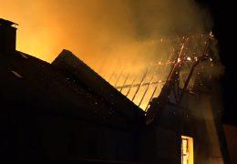 Großbrand auf Reiterhof bei Kelkheim