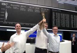 Finanzdienstleister geht an die Börse