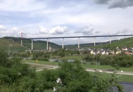 Hochmoselbrücke verbindet Hunsrück und Eifel