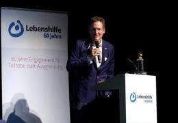 Verein Lebenshilfe zeichnet Eckhart von Hirschhausen aus