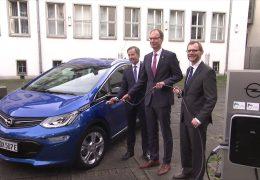 Rüsselsheim baut Elektromobilität aus