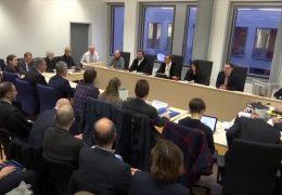 Verwaltungsgericht vertagt Entscheidung zu Fahrverboten in Wiesbaden