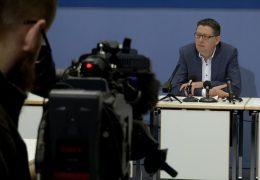 Opposition kritisiert schwarz-grünen Koalitionsvertrag