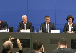 Bundesamt für Verfassungsschutz erklärt AfD zum Prüffall