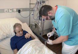Pflegenotstand: Alltag eines Krankenpflegers