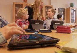 """Landesregierung stellt Programm """"Digitale Schule Hessen"""" vor"""