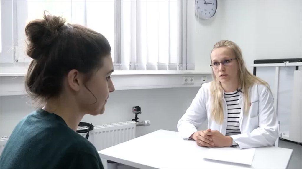 Schauspieler helfen Medizinstudenten