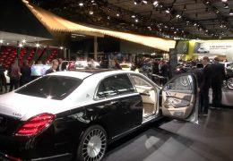IAA präsentiert E-Autos und PS-Boliden