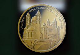 Weltkulturerbe Dom zu Speyer auf einer 100 Euro-Münze