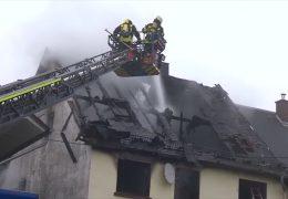Zwei tote Kinder bei Wohnungsbrand