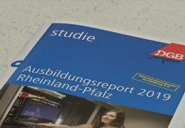 Gewerkschaftsbund legt Ausbildungsbericht vor