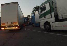 Wird die Parkplatzsuche für LKW-Fahrer jetzt einfacher?