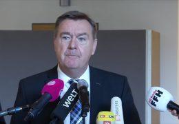 """Oberbürgermeister Claus Kaminsky: """"Opfer waren keine Fremden!"""""""