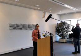 Kultusminister für Fortsetzung der Abiturprüfungen