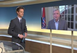 Ministerpräsident Volker Bouffier im Gespräch